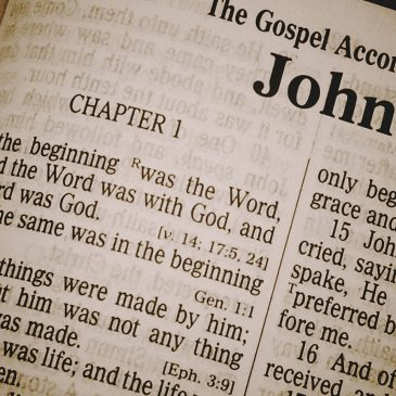 Poder en la Palabra escrita de Dios.