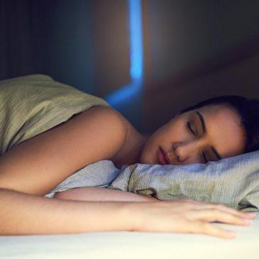 6 peligros de dormir mucho