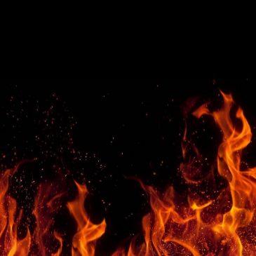 Dios a punto de matar a Satanás